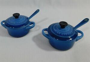 Pair of Le Creuset Stoneware Mini Condiment Pots with Spoons Set Lapis Blue NEW