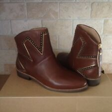UGG LARS MID BROWN LEATHER STUD STARBURST ANKLE BOOTS BOOTIES US SIZE 6 WOMENS