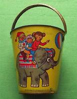 C1950 Lamiera Mare Sabbia Secchio Con Circo Elefante E Riccio