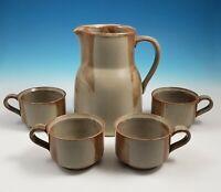 Iron Mountain Stoneware Pottery White Top 56 Oz Pitcher 4 Cups Brown Beige Set