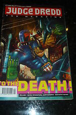JUDGE DREDD THE MEGAZINE Comic - Series 1 - No 17 - Date 02/1992 - UK Comic