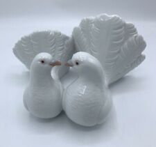 Lladro Pareja de Palomas Couple of Doves 2 Birds Kissing Figurine Love