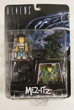 Mezco Toys Aliens Mez-Itz Figure Set New in Package