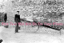 HF 158 - Window Cleaner & Carpet Beater College Road Cheshunt Hertfordshire 1910