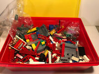 LEGO~ Bulk Lot of Assorted Mixed Color Building pieces~