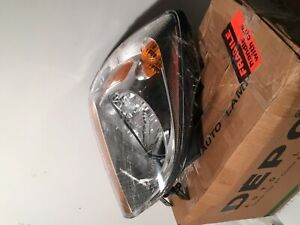 """Kia Sportage Right Side Headlight Assembly """"to fit"""" 2005-08"""