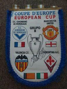 Ryan Giggs Signed Large Man United European Cup Pennant, football *COA*
