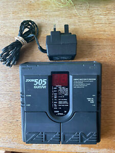 ZOOM 505 GUITAR PEDAL - TOTAL 24 EFFECTS 8 TYPES DISORTION - BLACK