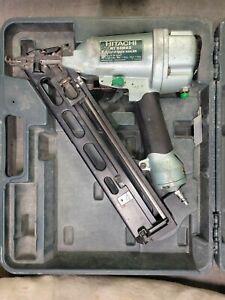 Hitachi NT65MA2 Adhesive Air Finish Nailer with Case