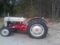 !954 Ford 650 Tractor