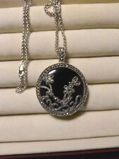 With 6 Stone Replacements Marcasite necklace In Black Onyx