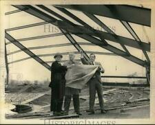 1969 Press Photo Officials tour theater construction site in Latham, New York
