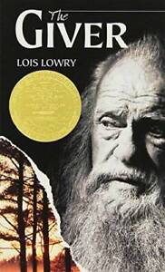 The Giver (Giver Quartet) - Mass Market Paperback By Lowry, Lois - GOOD