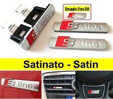 Kit Audi S-Line Satinato 3D adesivo 72 x 17 mm. Logo Stemma Fregio A3 Q3 A4 Q5