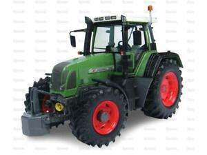 Tractor 1/32 Scale UNIVERSAL HOBBIES Fendt 716 Vario, 1st Generation