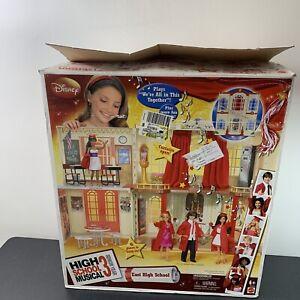 DISNEY HIGH SCHOOL MUSICAL 3 SENIOR YEAR CLASSROOM PLAY SET N9269 In Box