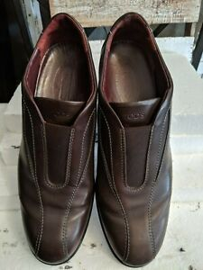 Tod's brown leather slip on mocassin loafers DRIVER sz 40 1/2 excellent
