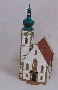 Church     by FALLER         N Gauge