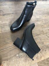 Día-Vid Totalmente nuevo Zapatos Tacón Pequeño Negro Tamaño De Vaquero 6 EUR 39 Botas al tobillo