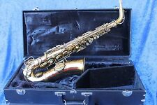 Vinage Conn Chu Berry alto sax hear it played here https://youtu.be/-wXYhE7uCZc