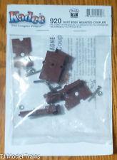 Kadee #920 (#1 Scale) Body Mount w/Standard Draft Gear Box (brown) 1 Pair