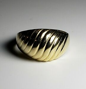 Elegant 14k Solid Yellow Gold Large Cocktail Ring Size 5.75/ Anillo de Oro