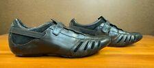 Men's PUMA Vedano V Black/Black/Ribbon Red Leather Sneakers Shoes sz US 10