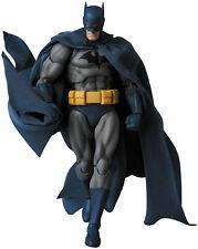 """Medicom MAFEX No.105 BATMAN """"HUSH"""" Action figure [Pre-order]"""