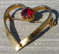Vintage Pin Brooch Open Heart With Red Rhinestone Gold Tone