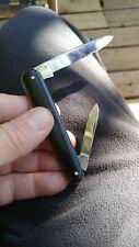 Pocket knife vintage  black handled w 2 blades Eye Witness Sheffield England old
