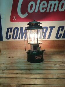 COLEMAN 1978 DOUBLE MANTLE LANTERN MODEL 220J Dated 4/78 Tested Works Nice