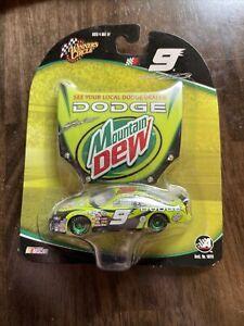 NASCAR 2004 Winner's Circle #9 Kasey Kahne Mountain Dew 1:64 Die Cast Car