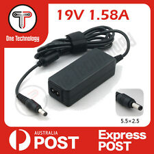 Toshiba NB300 Notebook series Compatible 19.0V 1.58 A  AC Adaptor 5.5x2.5 mm