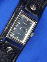 Vintage diesel 10 bar DZ 1021 one piece black leather gold tone WATCH 620 A15
