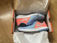 Beautiful ladies nike trainers size 4/37 bnib