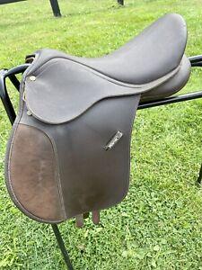 "Wintec Adjustable Brown 15.5"" Pony Saddle"