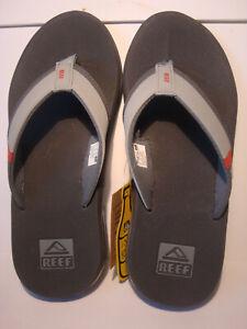 MEN'S REEF GREY/RED FANNING LOW FLIP FLOP BEACH SANDALS BOTTLE OPENER SIZE 9 NWT