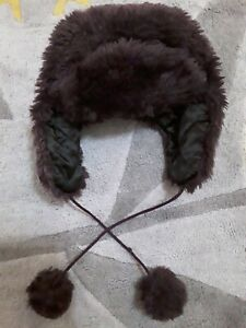 Ladies trapper hat in purple very soft & fluffy with black inside lining 💕
