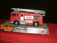 DINKY TOYS 285 MERRYWEATHER MARQUIS FIRE ENGINE MINT ON PLINTH