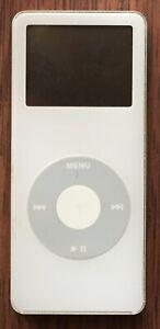 Apple iPod Nano 1st Generation White (4 GB)