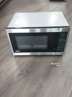 Panasonic Microwave Oven NN-SN686S Stainless Steel, 1.2 Cu. Ft, 1200W  FREE SHIP