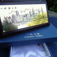 DALIAN CHINE Plaque de Laiton Signée sur Cadre Bois Boîte Ecrin Luxe 21 x 11 cm