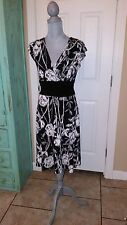 MAGGY LONDON, V-Neck, Stretchy, Sleeveless, Fit and Flare Dress, Size 10