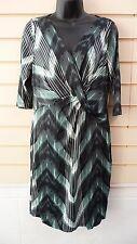 LADIES GREEN PRINT JERSEY SHIFT PARTY / FORMAL DRESS SZ 14 BNWT