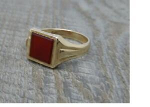 Vintage English Hallmarked 9ct Yellow Gold Carnelian Signet Ring,c1965,UK U 1/2