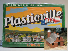 BACHMANN PLASTICVILLE O GAUGE DAIRY BARN KIT train building farm cow 45602 NEW