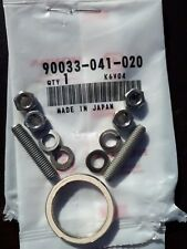 2 GENUINE HONDA 90 C90 CUB 75-03 PAIR EXHAUST STUDS C/W STAINLESS NUTS WASHERS