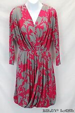 Max&Cleo Studio Stretch Knit Dress Pleated Ruched Abstract 3/4 Sleeve V-Neck XS
