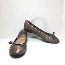 Women's Clarks Gold Leather Cut Out Bow Toe Ballerina Ballet Flats Size 7.5 M