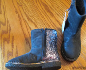 CARTER'S KIMMIE Navy Blue Faux Fur Lined Glitter Boots Toddler Girls Size 6 NEW
